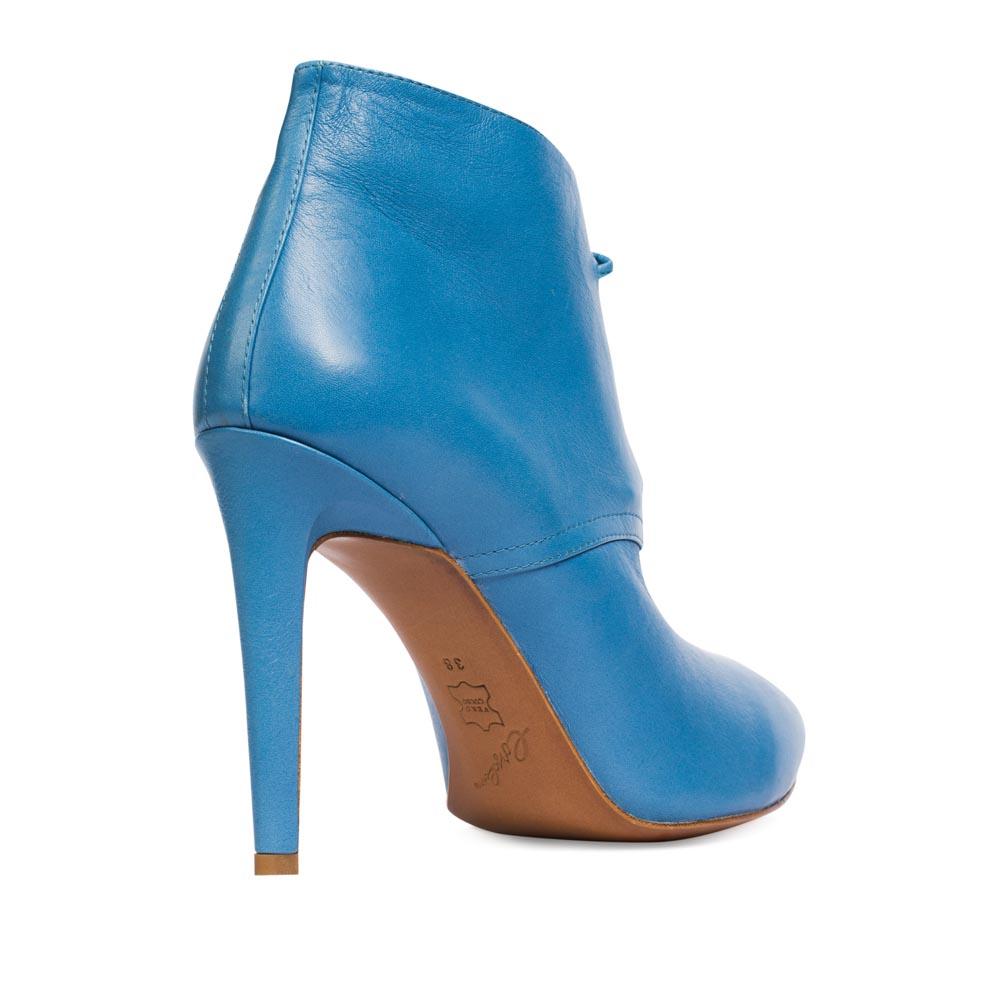 Ботильоны на каблуке CorsoComo (Корсо Комо) Ботинки из кожи лазурного цвета на каблуке