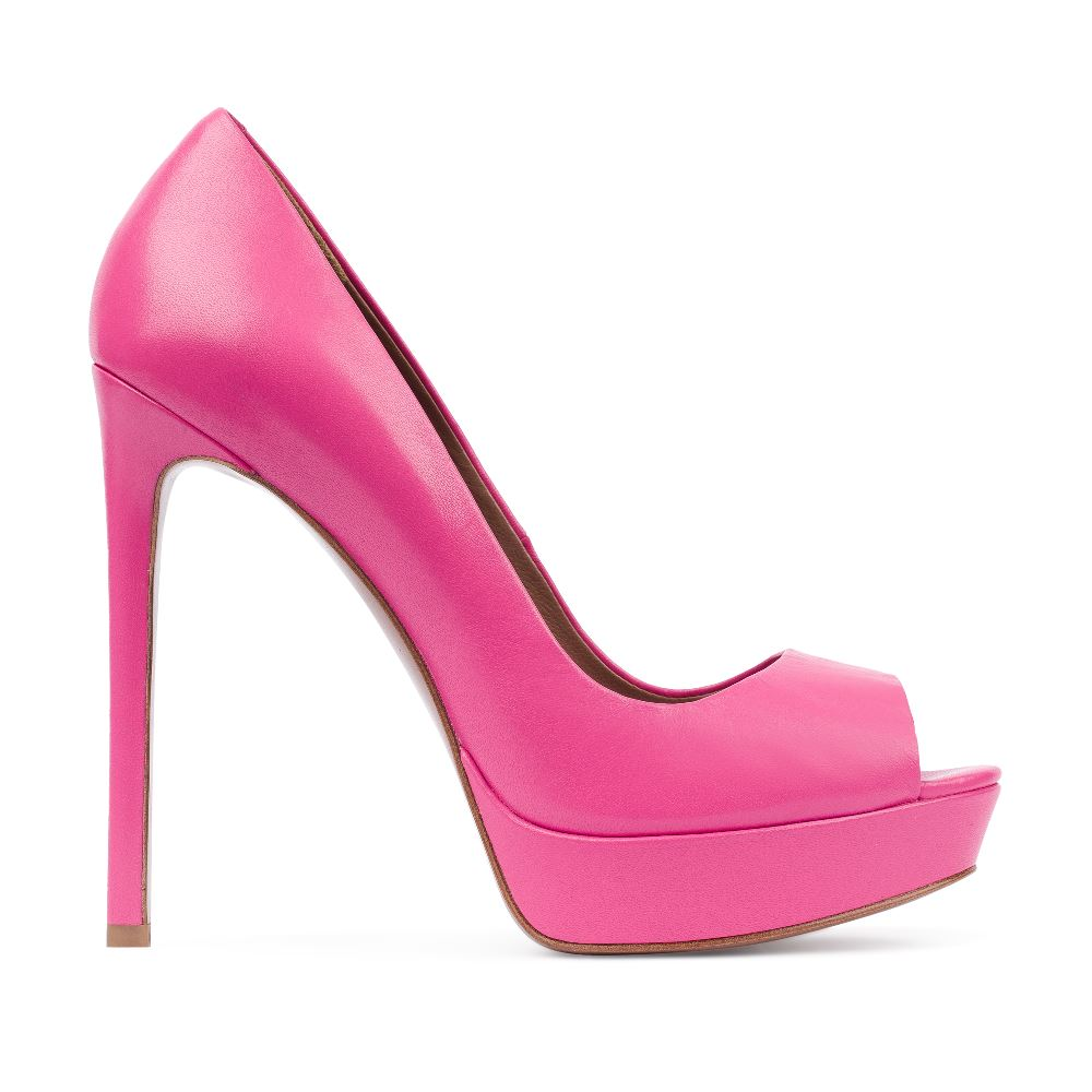 Туфли из кожи розового цвета на высоком каблуке