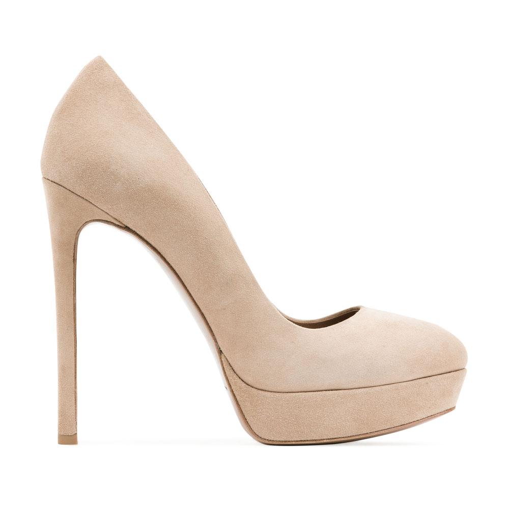 Туфли из замши цвета слоновой кости на высоком каблуке
