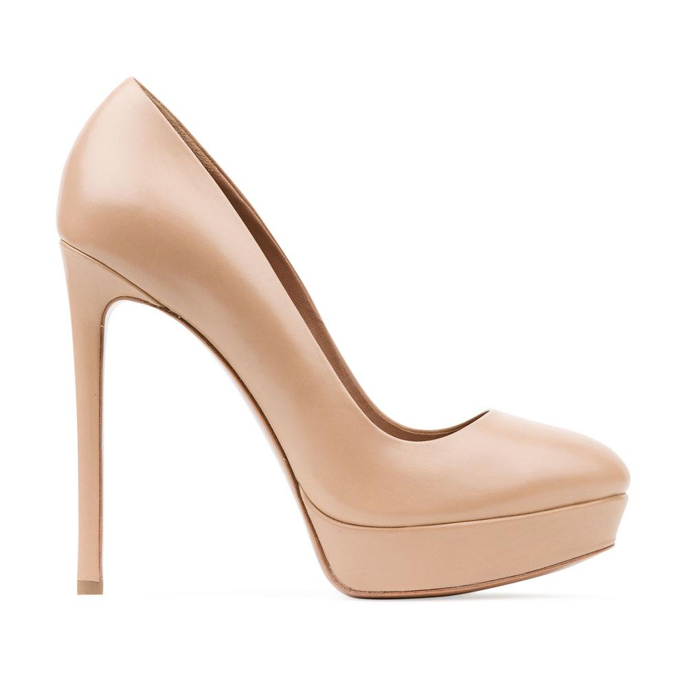 Туфли из кожи бежевого цвета на высоком каблукеТуфли женские<br><br>Материал верха: Кожа<br>Материал подкладки: Кожа<br>Материал подошвы: Кожа<br>Цвет: Бежевый<br>Высота каблука: 13см<br>Дизайн: Италия<br>Страна производства: Китай<br><br>Высота каблука: 13 см<br>Материал верха: Кожа<br>Материал подошвы: Кожа<br>Материал подкладки: Кожа<br>Цвет: Бежевый<br>Пол: Женский<br>Вес кг: 0.52000000<br>Выберите размер обуви: 39
