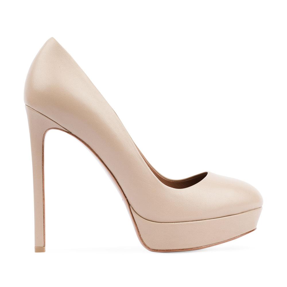 Туфли сливочного цвета из кожи на высоком каблукеТуфли женские<br><br>Материал верха: Кожа<br>Материал подкладки: Кожа<br>Материал подошвы: Кожа<br>Цвет: Бежевый<br>Высота каблука: 12 см<br>Дизайн: Италия<br>Страна производства: Китай<br><br>Высота каблука: 12 см<br>Материал верха: Кожа<br>Материал подкладки: Кожа<br>Цвет: Бежевый<br>Вес кг: 0.48000000<br>Размер обуви: 39