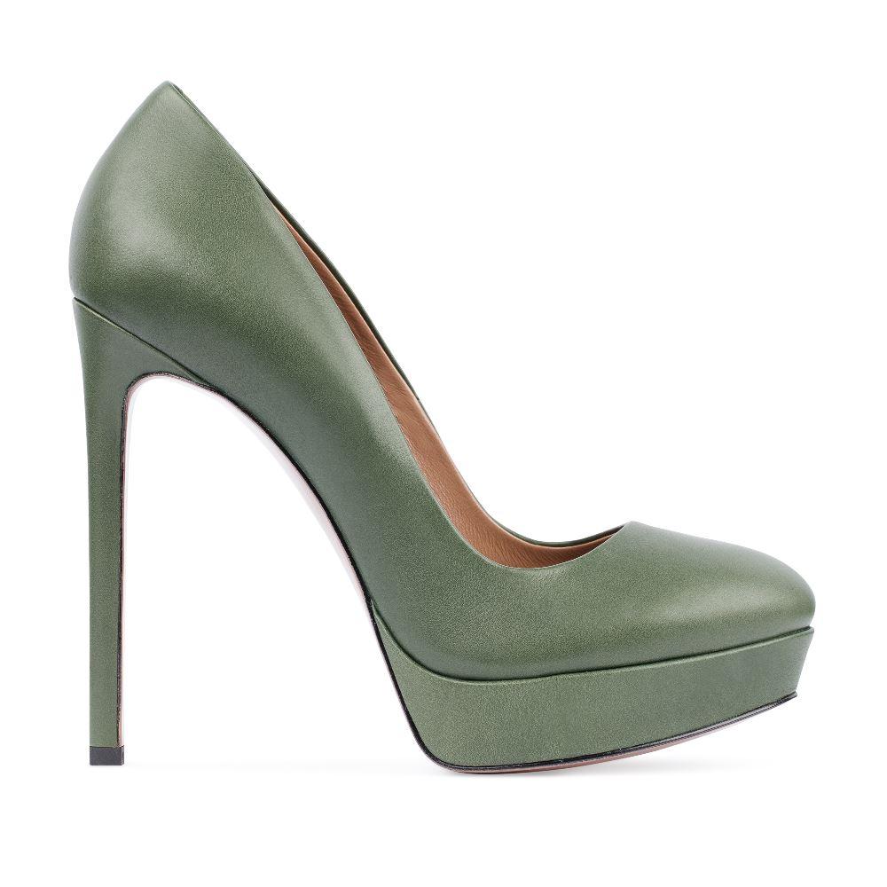 Туфли из кожи цвета хаки на высоком каблукеТуфли<br><br>Материал верха: Кожа<br>Материал подкладки: Кожа<br>Материал подкладки: Кожа<br>Цвет: Зеленый<br>Высота каблука: 13 см<br>Дизайн: Италия<br>Страна производства: Китай<br><br>Высота каблука: 13 см<br>Материал верха: Кожа<br>Материал подкладки: Кожа<br>Цвет: Зеленый<br>Пол: Женский<br>Вес кг: 550.00000000<br>Размер: 38.5