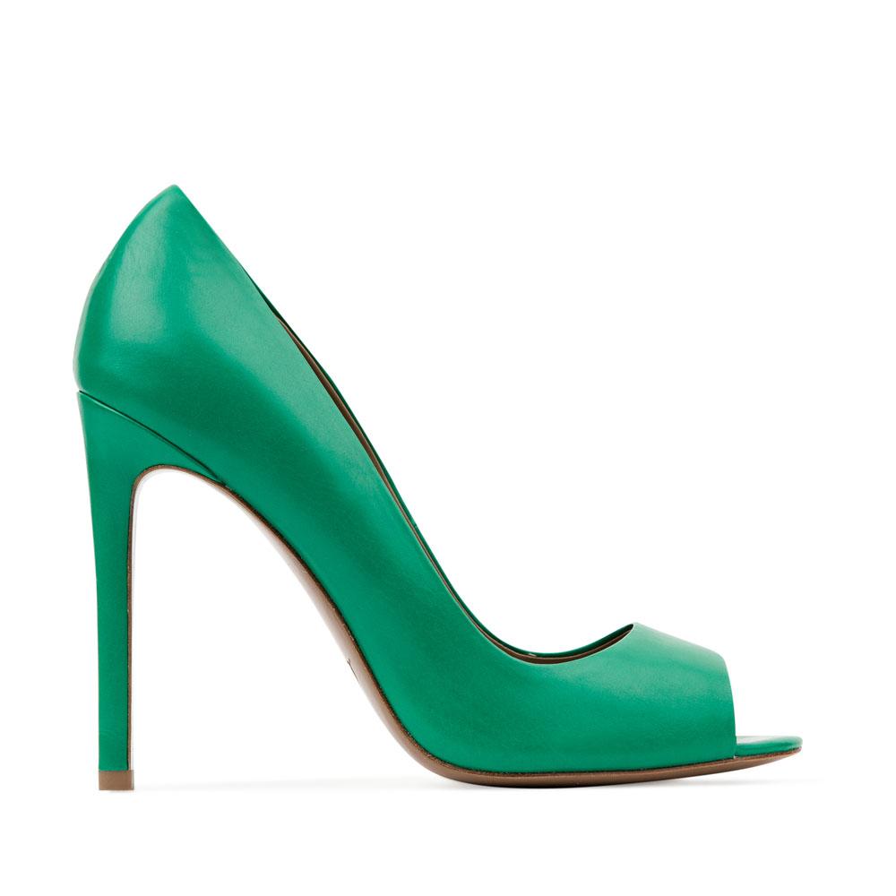 Туфли из кожи изумрудного цвета с открытым мыском