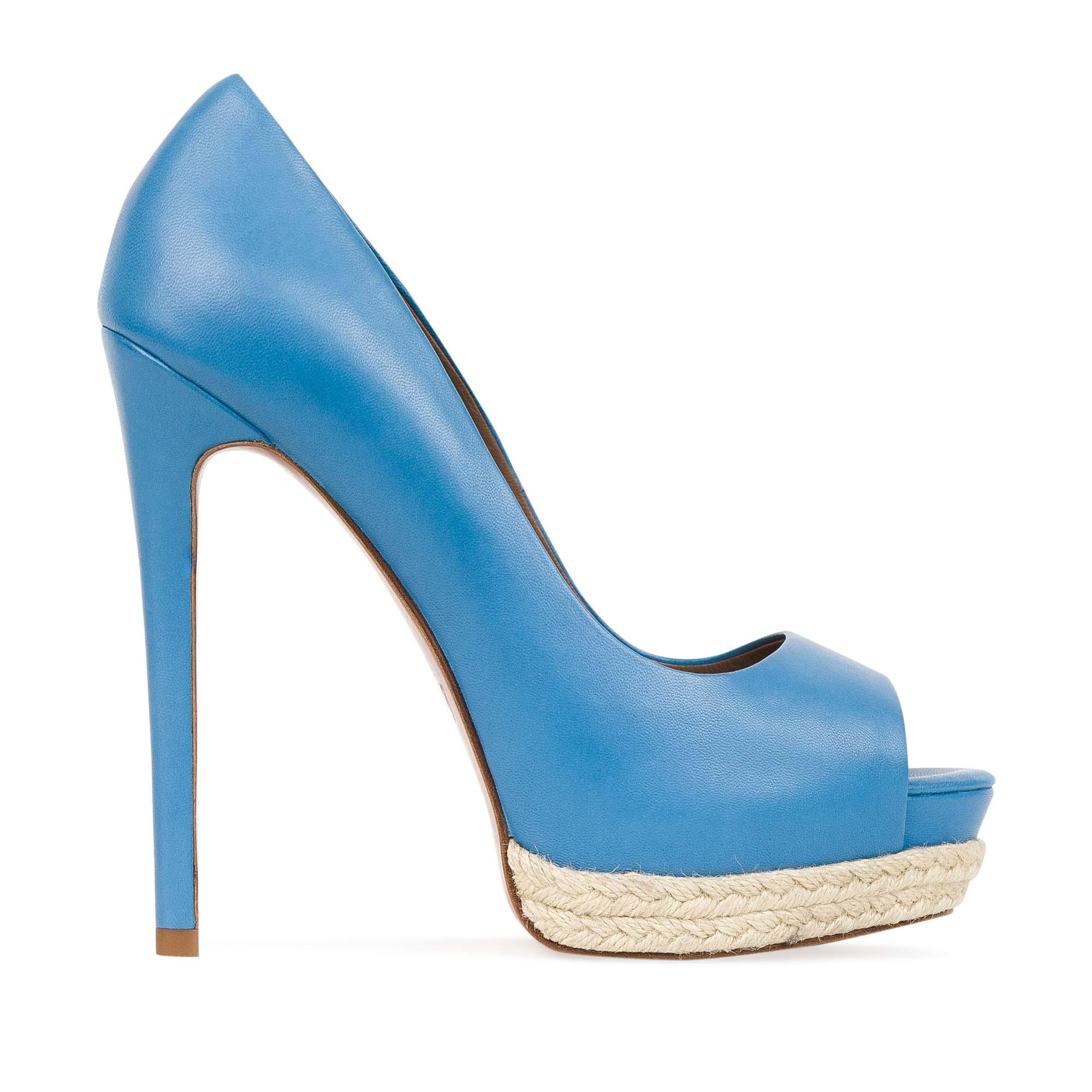 Кожаные туфли лазурного цвета на джутовой подошве