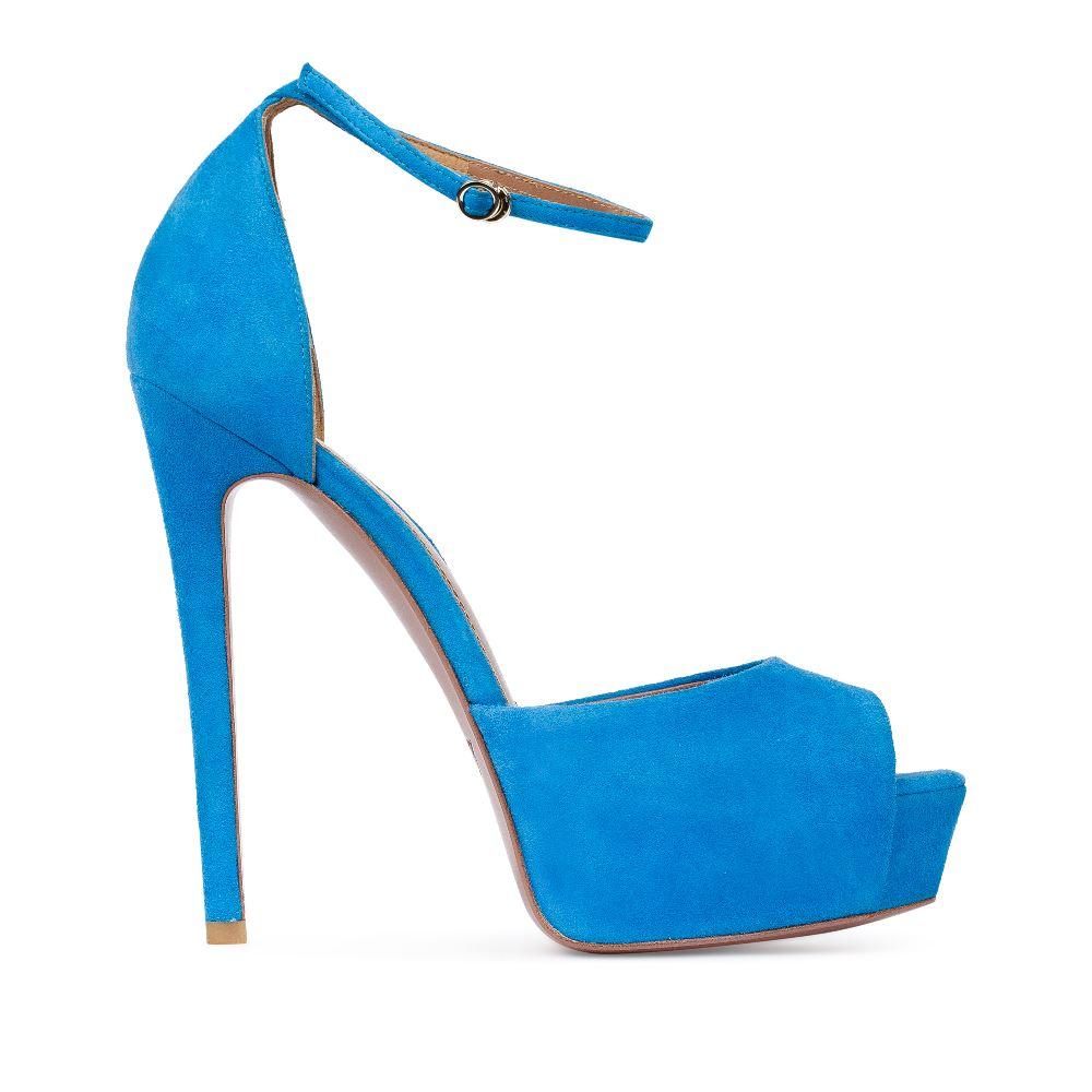Босоножки из замши голубого цвета с ремешкомТуфли женские<br><br>Материал верха: Замша<br>Материал подкладки: Кожа<br>Материал подошвы:Кожа<br>Цвет: Голубой<br>Высота каблука: 14 см<br>Дизайн: Италия<br>Страна производства: Китай<br><br>Высота каблука: 14 см<br>Материал верха: Замша<br>Материал подошвы: Кожа<br>Материал подкладки: Кожа<br>Цвет: Голубой<br>Вес кг: 1.00000000<br>Размер: 37.5**