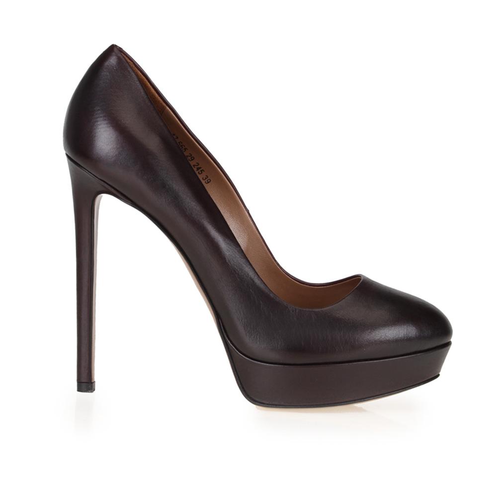 Туфли из кожи темно-вишневого цвета на высоком каблуке