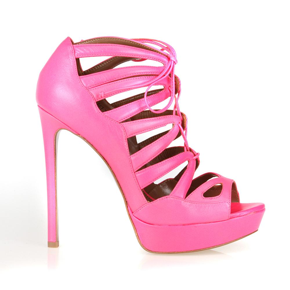 Кожаные босоножки розового цвета на высоком каблуке