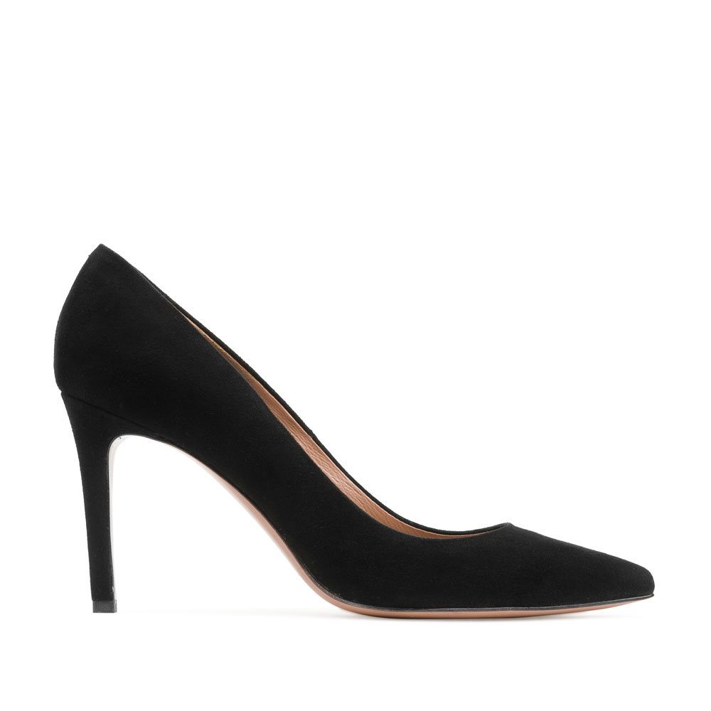 Туфли-лодочки из замши черного цвета на среднем каблуке