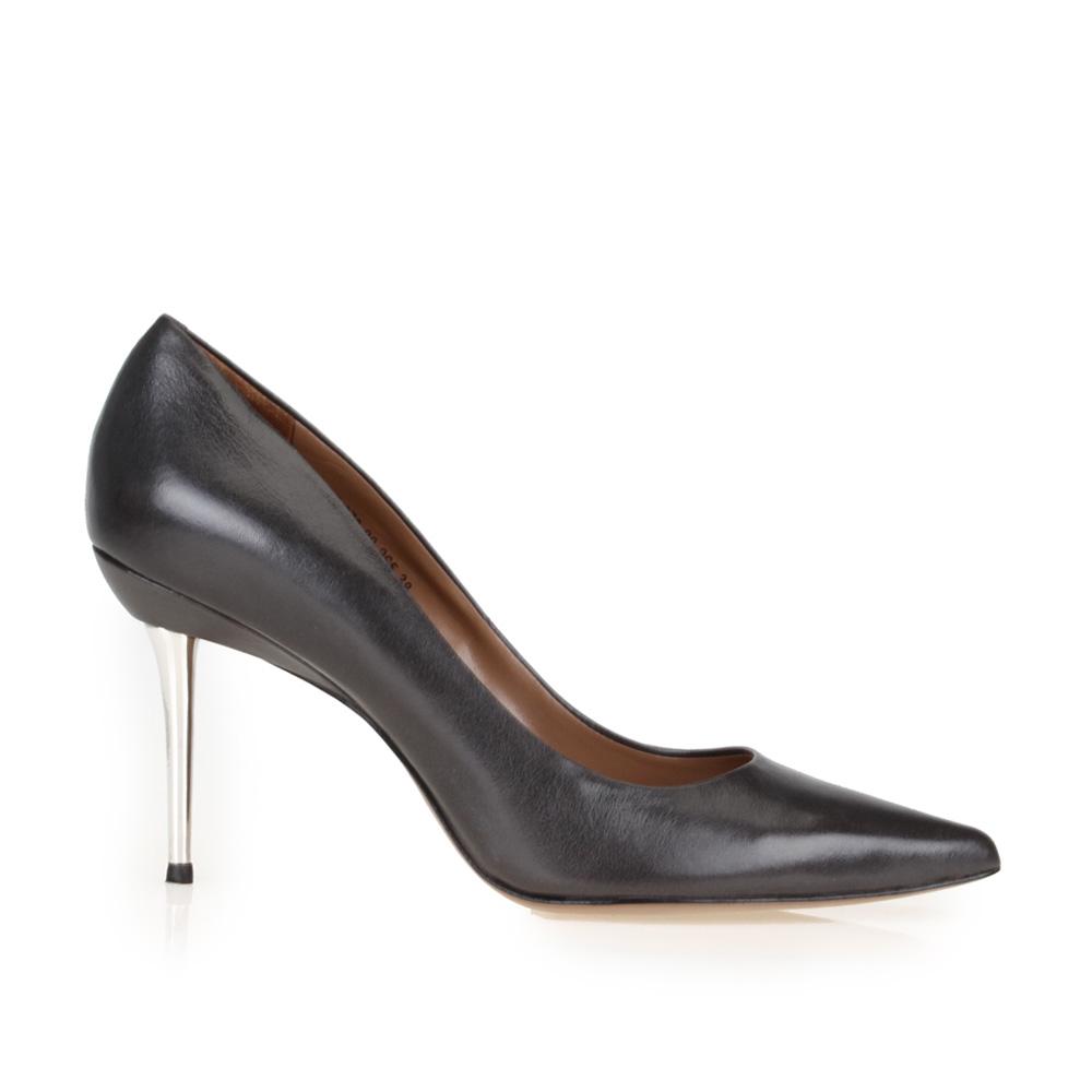 Туфли-лодочки черного цвета из кожи на металлическом каблуке