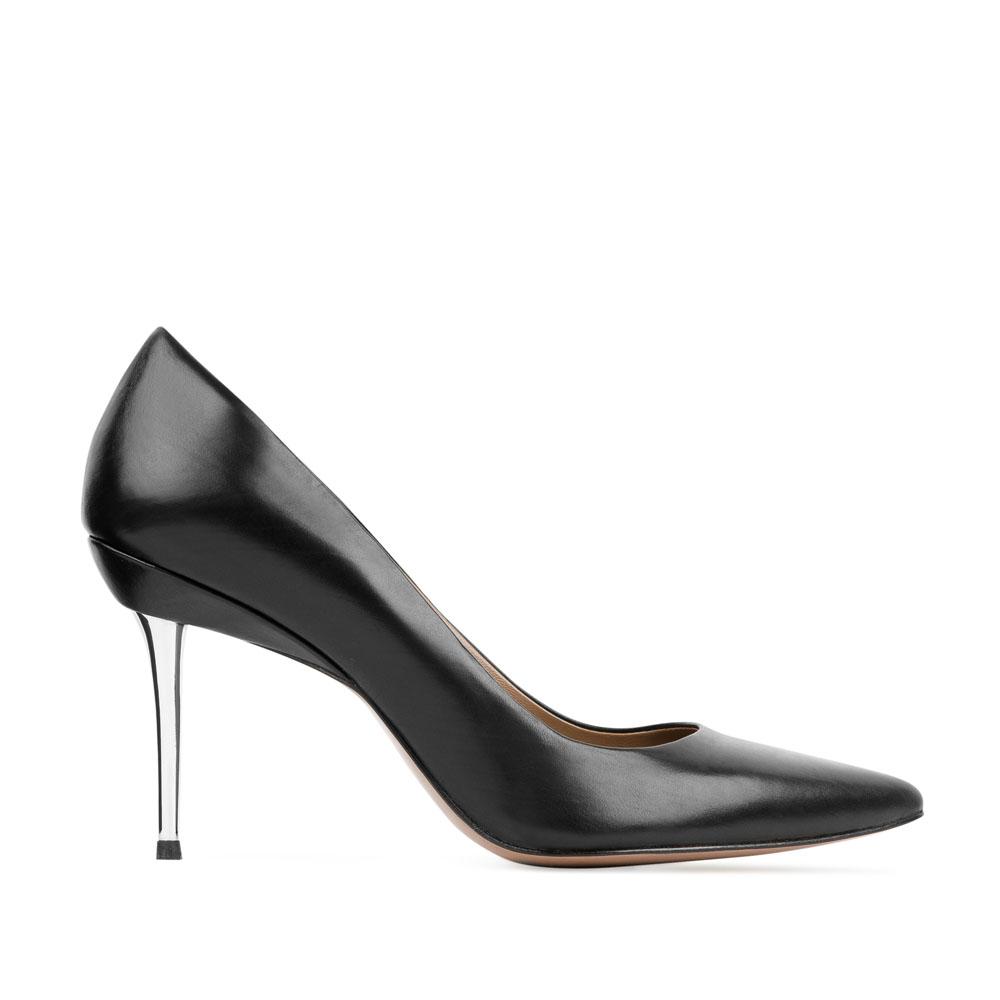 Кожаные туфли-лодочки черного цвета на среднем каблуке