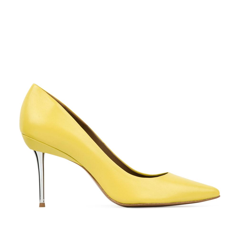 Кожаные туфли-лодочки цвета мимозы на металлическом каблукеТуфли женские<br><br>Материал верха: Кожа<br>Материал подкладки: Кожа<br>Материал подошвы: Кожа<br>Цвет: Желтый<br>Высота каблука: 8см<br>Дизайн: Италия<br>Страна производства: Китай<br><br>Высота каблука: 8 см<br>Материал верха: Кожа<br>Материал подошвы: Кожа<br>Материал подкладки: Кожа<br>Цвет: Желтый<br>Пол: Женский<br>Вес кг: 1.00000000<br>Размер обуви: 39