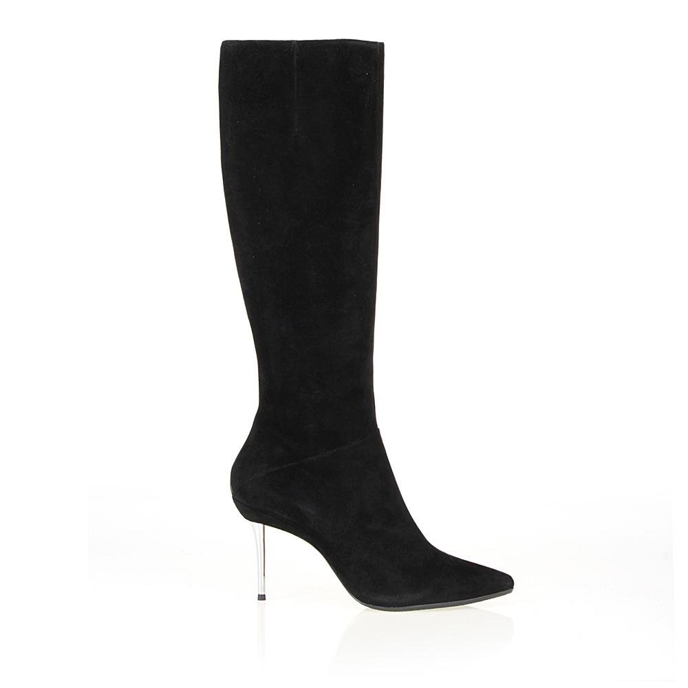 Сапоги из замши черного цвета на металлическом каблукеСапоги женские<br><br>Материал верха: Замша<br>Материал подкладки: Кожа<br>Материал подошвы: Кожа + Резина<br>Цвет: Черный<br>Высота каблука: 9см<br>Дизайн: Италия<br>Страна производства: Китай<br><br>Высота каблука: 9 см<br>Материал верха: Замша<br>Материал подкладки: Кожа<br>Цвет: Черный<br>Пол: Женский<br>Вес кг: 1.76000000<br>Размер обуви: 40