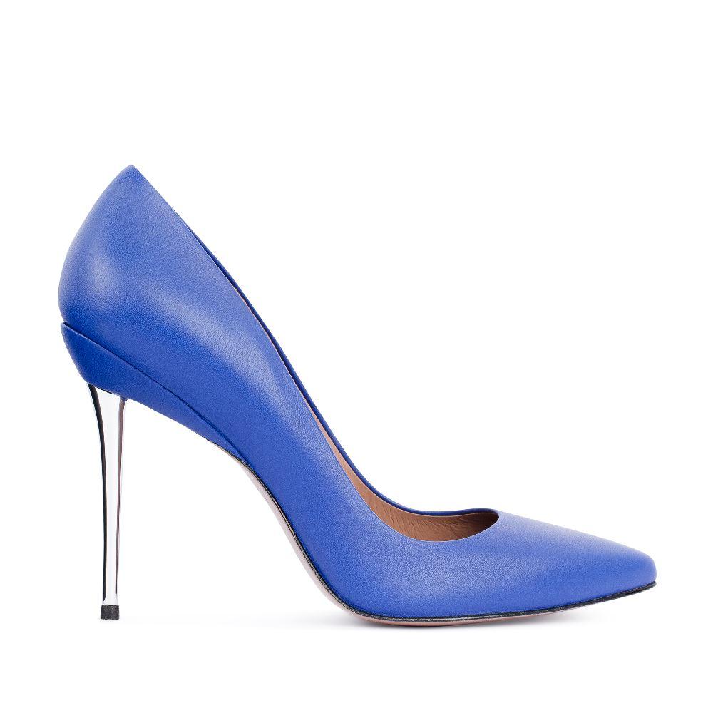 Туфли-лодочки из  кожи синего цвета на металлическом каблукеТуфли<br><br>Материал верха: Кожа<br>Материал подкладки: Кожа<br>Материал подкадки: Кожа<br>Цвет: Синий<br>Высота каблука: 10 см<br>Дизайн: Италия<br>Страна производства: Китай<br><br>Высота каблука: 10 см<br>Материал верха: Кожа<br>Материал подкладки: Кожа<br>Цвет: Синий<br>Пол: Женский<br>Вес кг: 480.00000000<br>Размер: 39