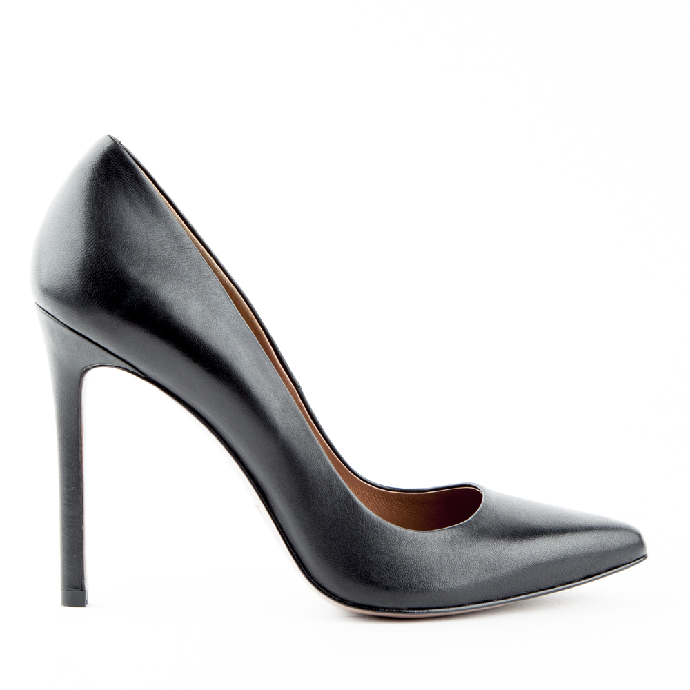 Кожаные туфли-лодочки черного цветаТуфли<br><br>Материал верха: Кожа<br>Материал подкладки: Кожа<br>Материал подошвы: Полиуретан<br>Цвет: Черный<br>Высота каблука: 10 см<br>Дизайн: Италия<br>Страна производства: Китай<br><br>Высота каблука: 10 см<br>Материал верха: Кожа<br>Материал подкладки: Кожа<br>Цвет: Черный<br>Пол: Женский<br>Вес кг: 420.00000000<br>Размер: 35