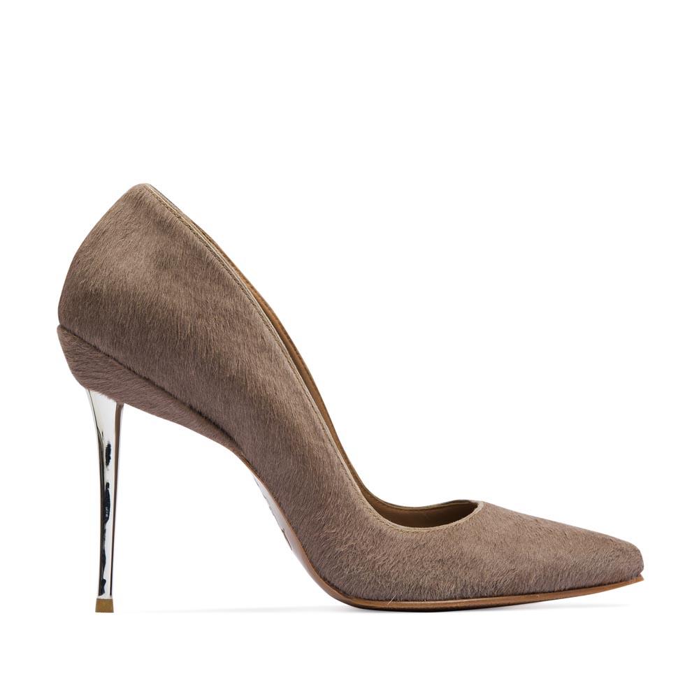 Туфли из меха пони бежевого цвета на металлическом каблуке