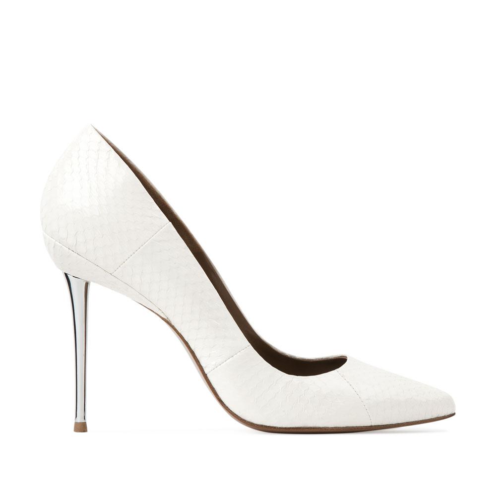 Туфли-лодочки из кожи змеи белого цвета