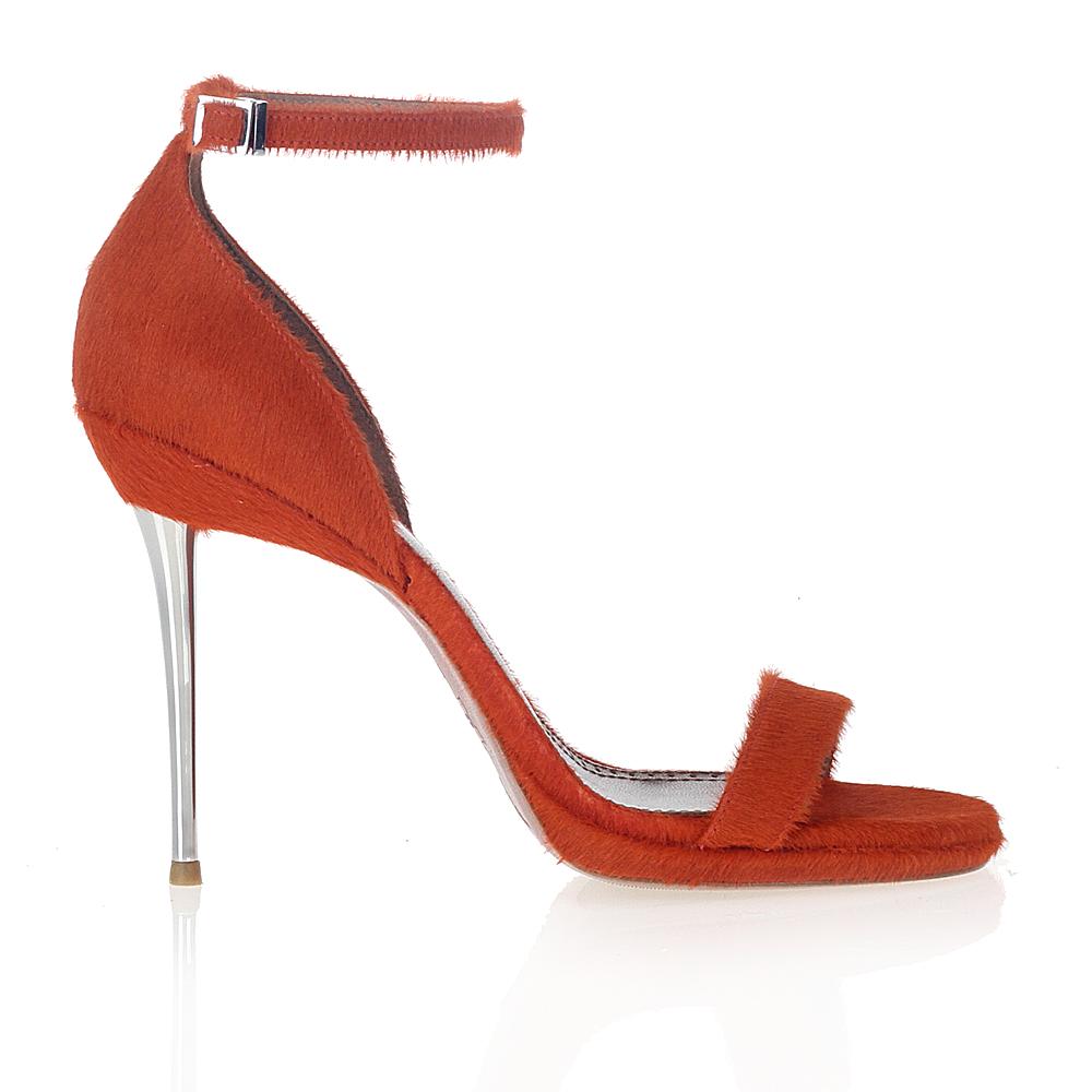 Босоножки из меха пони огненно-оранжевого цвета на металлическом каблуке