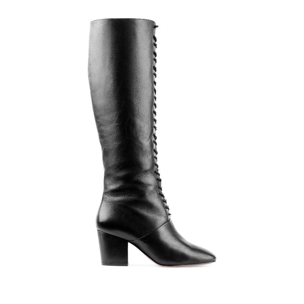 Сапоги из кожи черного цвета на широком каблуке со шнуровкой
