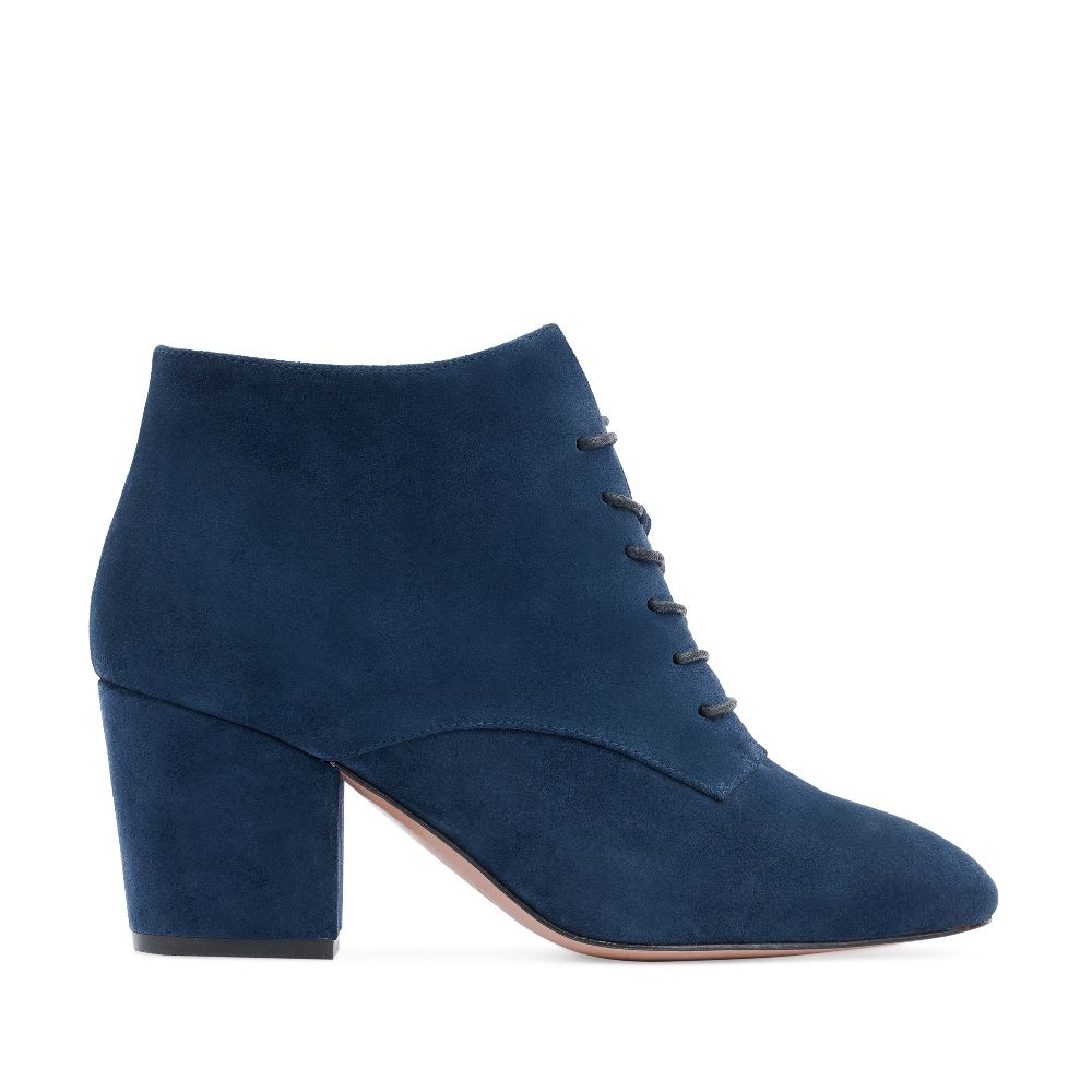 Ботинки из замши сапфирового цвета на среднем каблуке