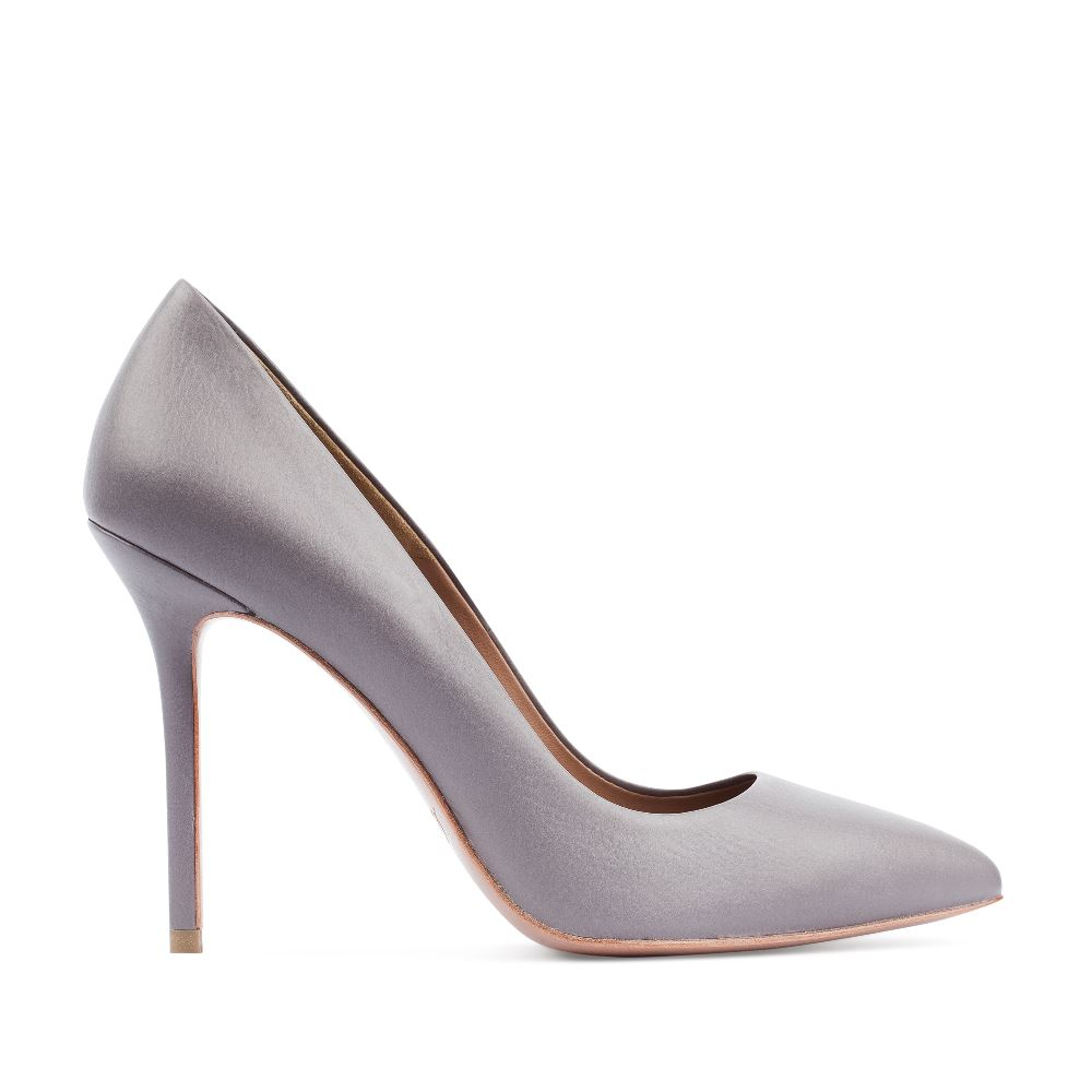 Туфли-лодочки из кожи пепельного цвета на высоком каблукеТуфли женские<br><br>Материал верха: Кожа<br>Материал подкладки: Кожа<br>Материал подошвы: Кожа<br>Цвет: Серый<br>Высота каблука: 10 см<br>Дизайн: Италия<br>Страна производства: Китай<br><br>Высота каблука: 10 см<br>Материал верха: Кожа<br>Материал подкладки: Кожа<br>Цвет: Серый<br>Вес кг: 0.43000000<br>Выберите размер обуви: 39