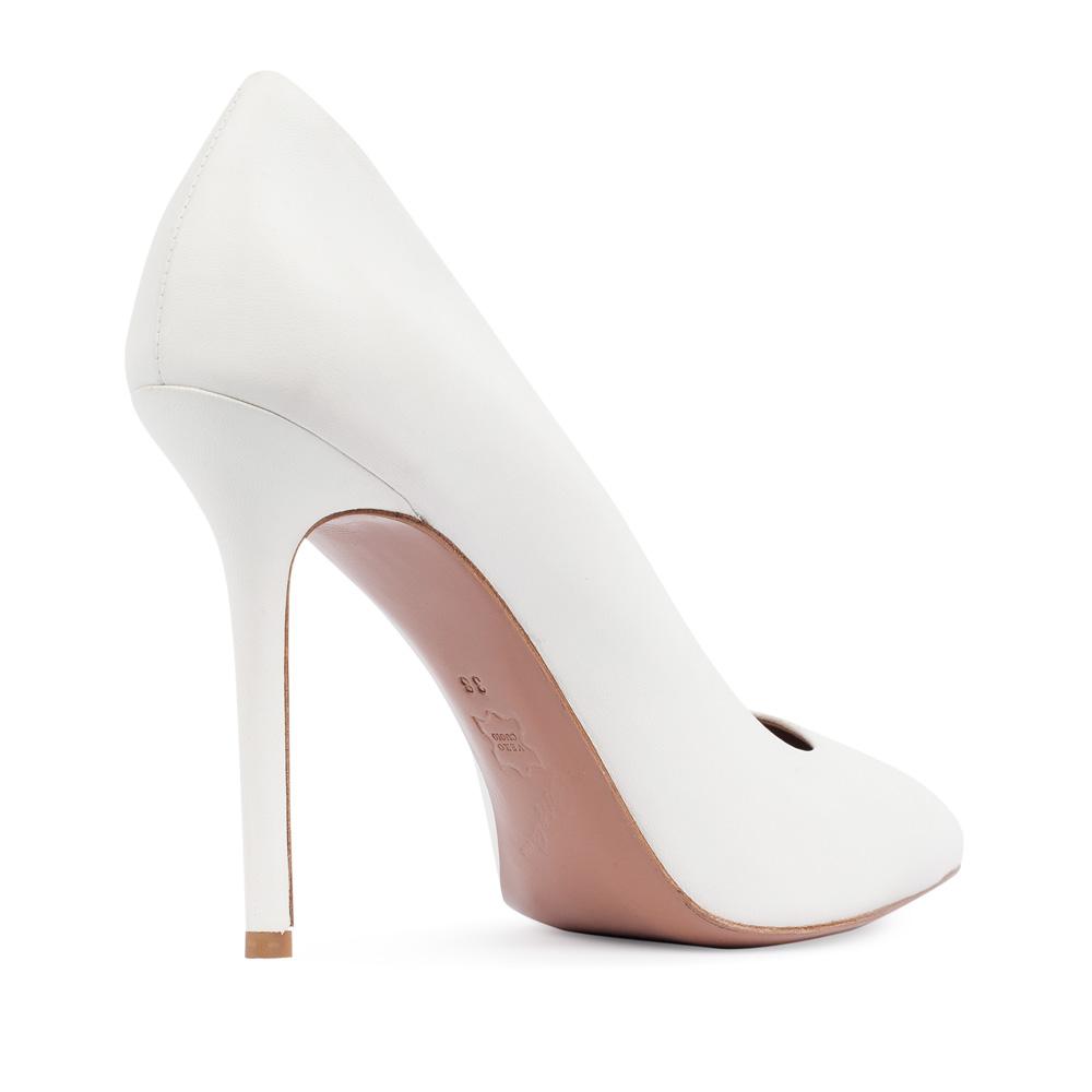 Туфли на каблуке CorsoComo (Корсо Комо) Туфли-лодочки из кожи белого цвета