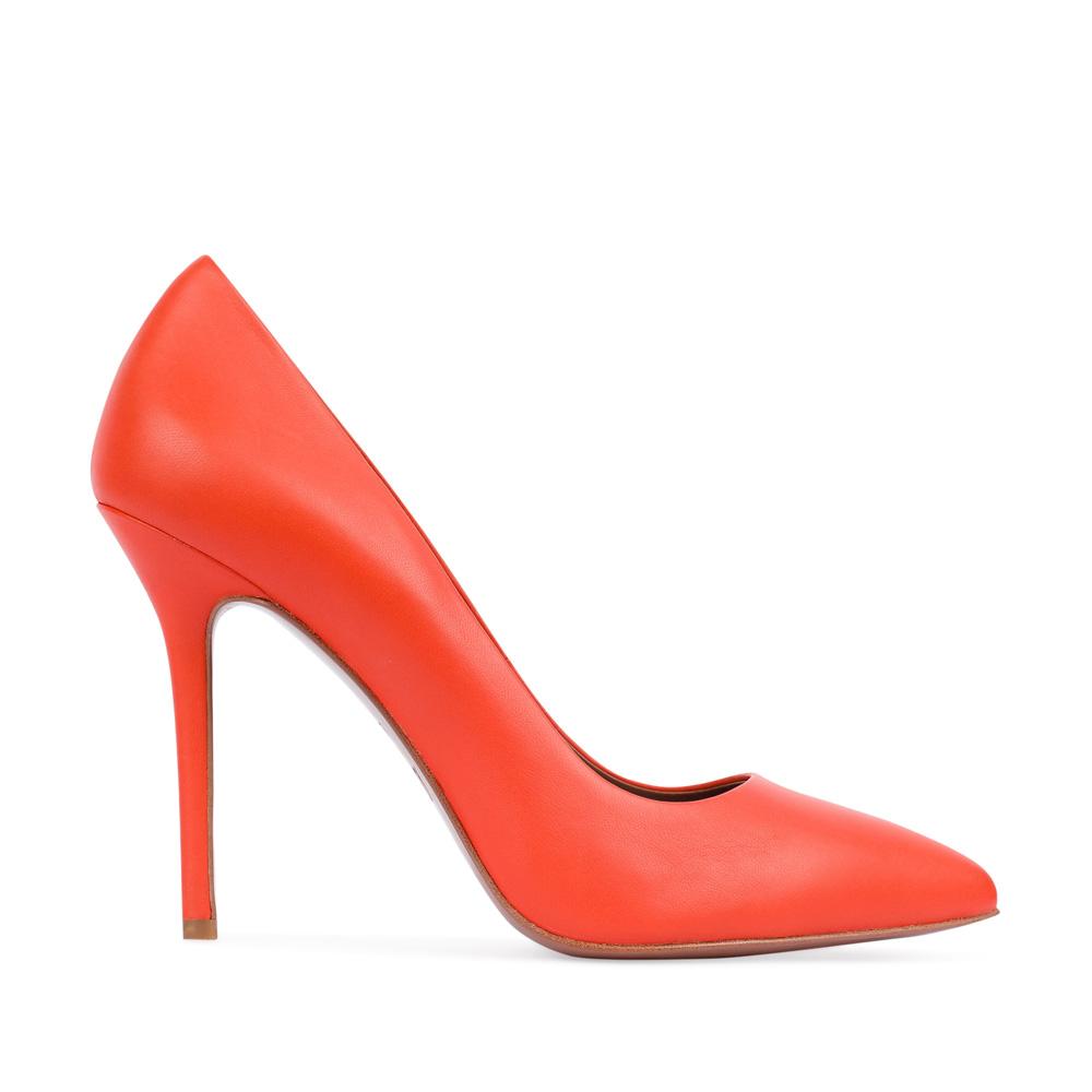 Туфли-лодочки из кожи оранжевого цвета