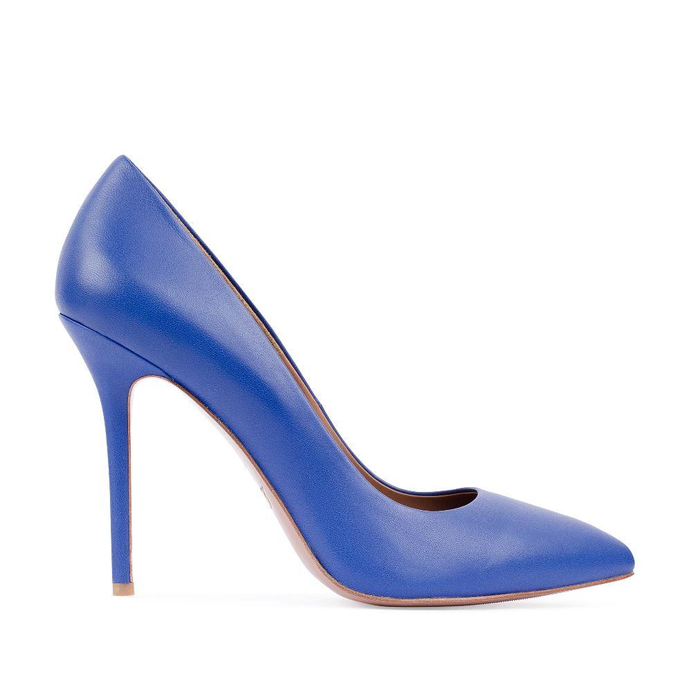 Туфли-лодочки из кожи кобальтового цвета