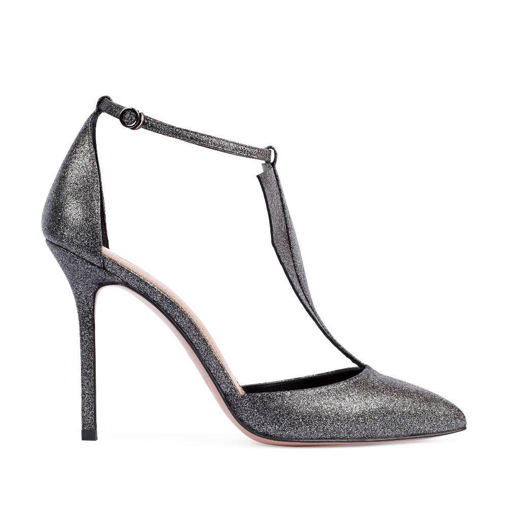 Туфли из металлизированной кожи серебристого цвета на высоком каблуке