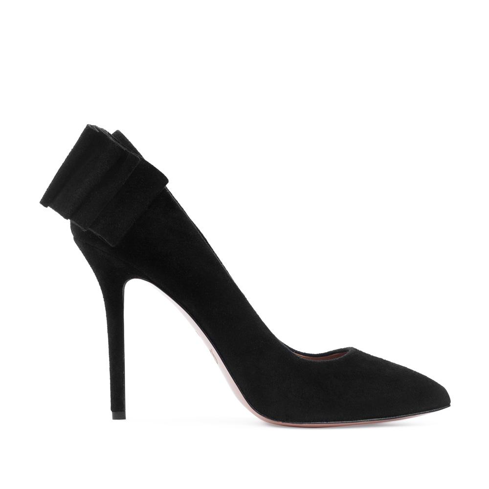 Туфли-лодочки из замши черного цвета с декоративными оборками