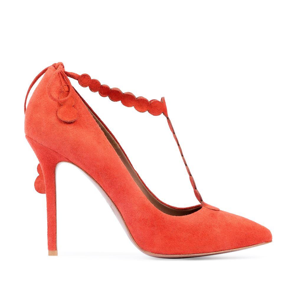Замшевые туфли оранжевого цвета на высоком каблукеТуфли женские<br><br>Материал верха: Замша<br>Материал подкладки: Кожа<br>Материал подошвы: Кожа<br>Цвет: Оранжевый<br>Высота каблука: 11 см<br>Дизайн: Италия<br>Страна производства: Китай<br><br>Высота каблука: 11 см<br>Материал верха: Замша<br>Материал подошвы: Кожа<br>Материал подкладки: Кожа<br>Цвет: Оранжевый<br>Вес кг: 1.00000000<br>Размер: 39