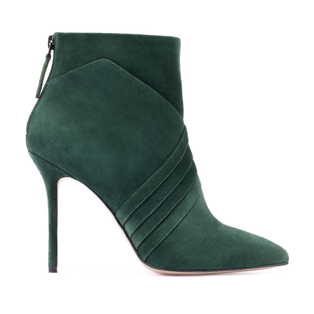 Ботильоны из кожи изумрудного цвета с геометричным узоромБотинки женские<br><br>Материал верха: Замша<br>Материал подкладки: Текстиль<br>Материал подошвы: Кожа<br>Цвет: Зеленый<br>Высота каблука: 10 см<br>Дизайн: Италия<br>Страна производства: Китай<br><br>Высота каблука: 10 см<br>Материал верха: Замша<br>Материал подошвы: Кожа<br>Материал подкладки: Текстиль<br>Цвет: Зеленый<br>Вес кг: 1.00000000<br>Выберите размер обуви: 38