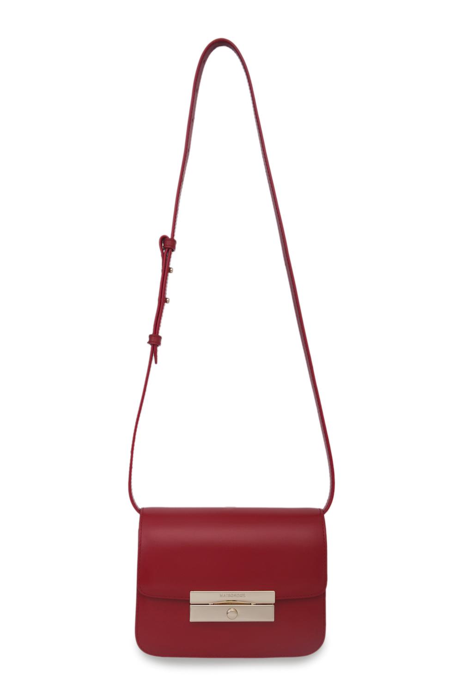 Кожаная сумка красного цвета на длинном ремнеСумка женская<br><br>Материал верха: Кожа<br>Материал подкладки: Кожа<br>Размер: 24х8х14,5<br>Цвет: Красный<br>Дизайн: Италия<br>Страна производства: Китай<br><br>Материал верха: Кожа<br>Цвет: Красный<br>Пол: Женский<br>Размер: Без размера