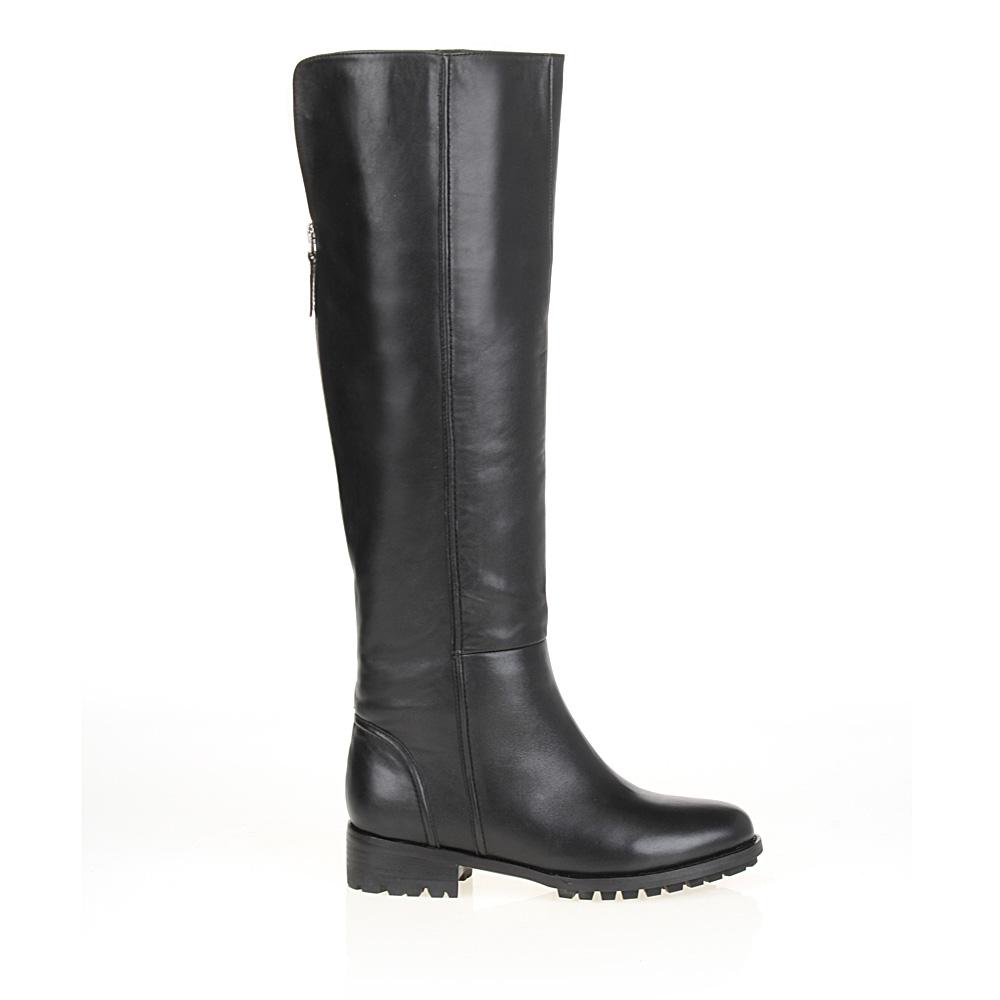 Сапоги из кожи черного цвета на молнии с мехомСапоги женские<br><br>Материал верха: Кожа<br>Материал подкладки: Евромех<br>Материал подошвы: Полиуретан<br>Цвет: Черный<br>Высота каблука: 3 см<br>Дизайн: Италия<br>Страна производства: Китай<br><br>Высота каблука: 3 см<br>Материал верха: Кожа<br>Материал подкладки: Евромех<br>Цвет: Черный<br>Пол: Женский<br>Вес кг: 3.60000000<br>Размер обуви: 40*