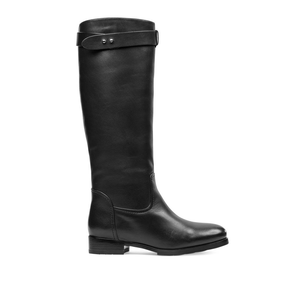 CORSOCOMO Сапоги из кожи черного цвета на низком каблуке с мехом 18-1251-30-42