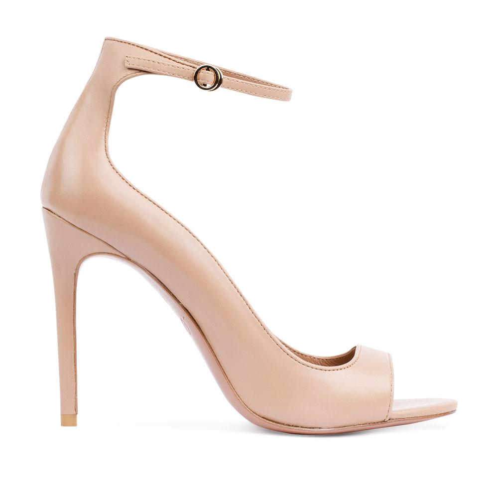 Туфли с открытым носом на тонком ремешке пудрового цвета