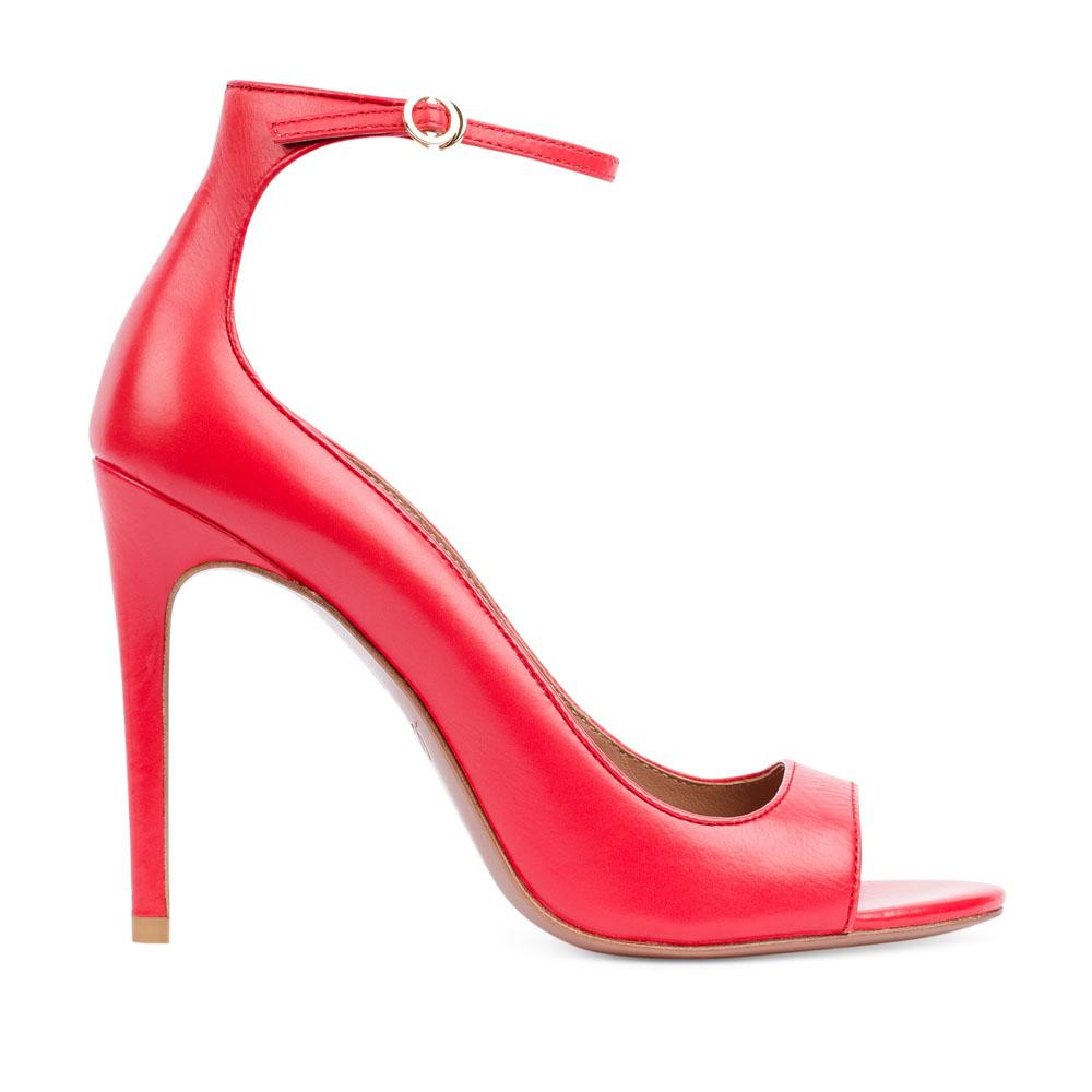 Туфли с открытым носом на тонком ремешке кораллового цветаТуфли женские<br><br>Материал верха: Кожа<br>Материал подкладки: Кожа<br>Материал подошвы: Кожа<br>Цвет: Красный<br>Высота каблука: 10 см<br>Дизайн: Италия<br>Страна производства: Китай<br><br>Обратите внимание: модель, представленная в последнем<br>размере, может иметь незначительные изъяны (неглубокие царапины,<br>потертости, легкое выцветание, повреждения упаковки).<br><br>Высота каблука: 10 см<br>Материал верха: Кожа<br>Материал подкладки: Кожа<br>Цвет: Красный<br>Вес кг: 0.40000000<br>Размер обуви: 38*