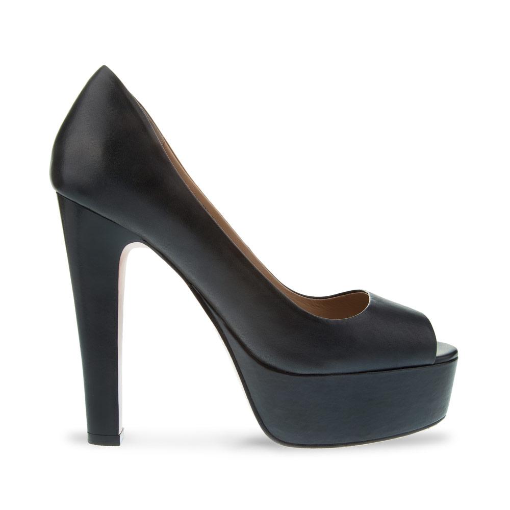 Туфли черного цвета из кожи на высоком устойчивом каблукеТуфли женские<br><br>Материал верха: Кожа<br>Материал подкладки: Кожа<br>Материал подошвы: Кожа<br>Цвет: Черный<br>Высота каблука: 12 см<br>Дизайн: Италия<br>Страна производства: Китай<br><br>Обратите внимание: модель, представленная в последнем<br>размере, может иметь незначительные изъяны (неглубокие царапины,<br>потертости, легкое выцветание, повреждения упаковки).<br><br>Высота каблука: 12 см<br>Материал верха: Кожа<br>Материал подкладки: Кожа<br>Цвет: Черный<br>Пол: Женский<br>Вес кг: 0.75000000<br>Размер обуви: 39**