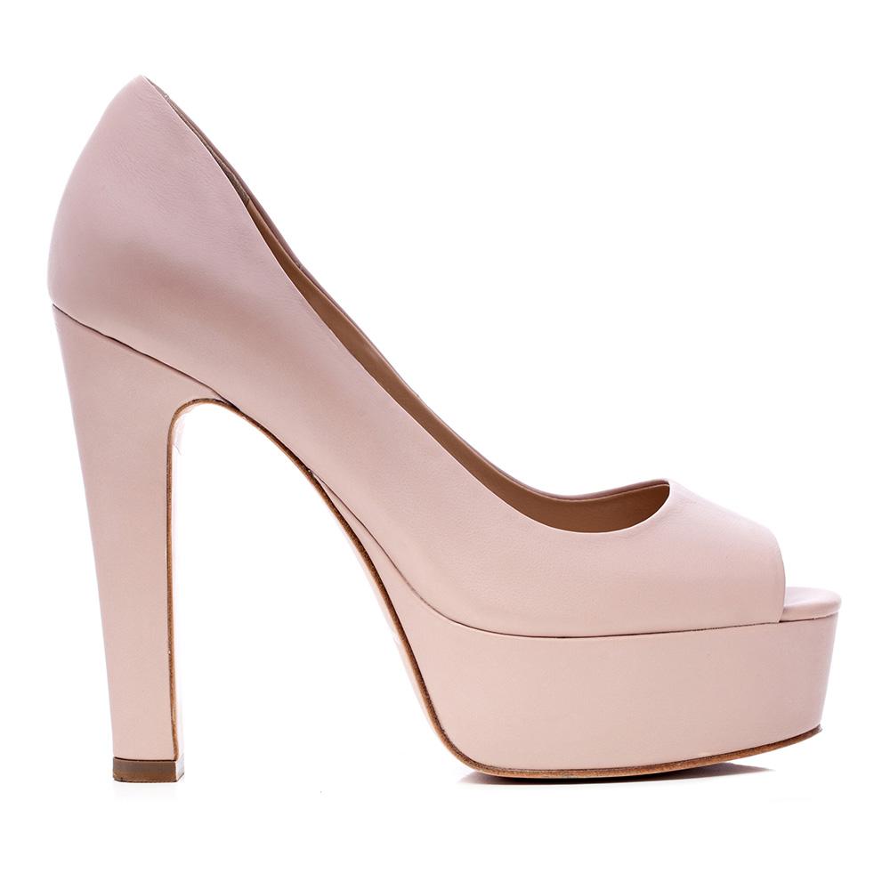 Туфли из кожи пудрового цвета на устойчивом каблуке