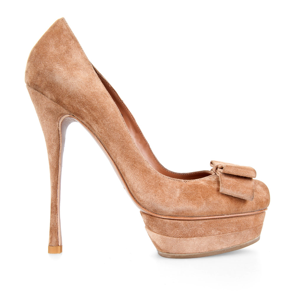 Туфли из замши пшеничного цвета на высоком каблуке с бантом