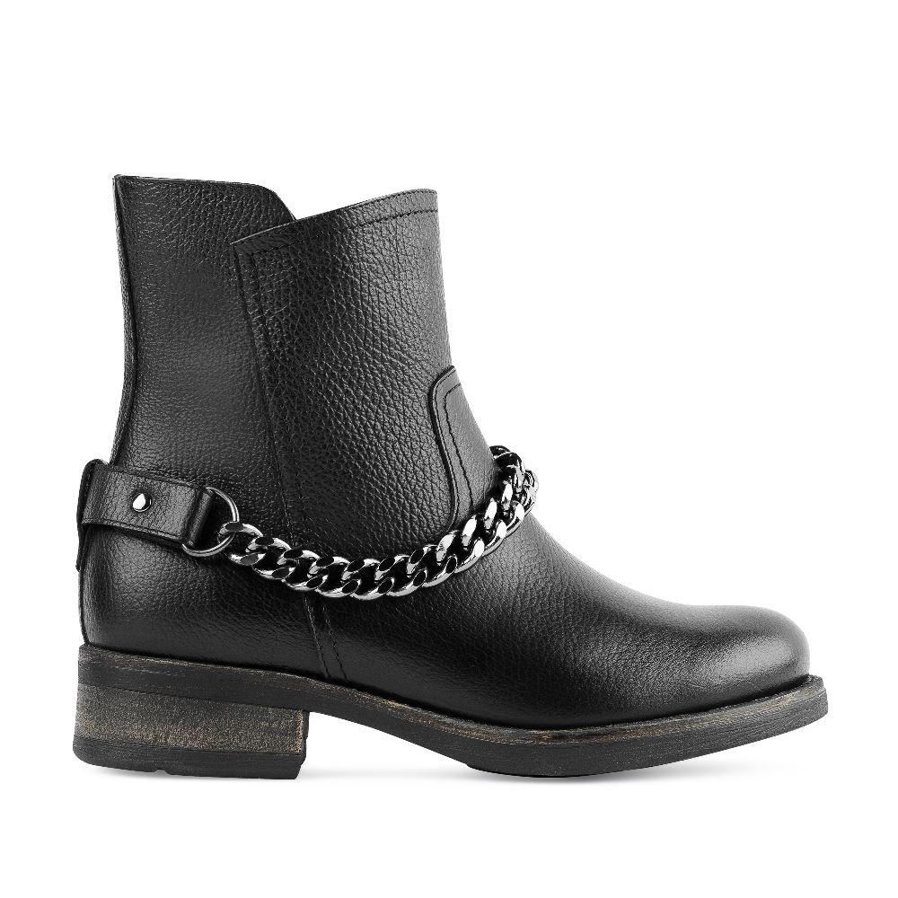 Ботинки из кожи чёрного цвета с металлической деталью