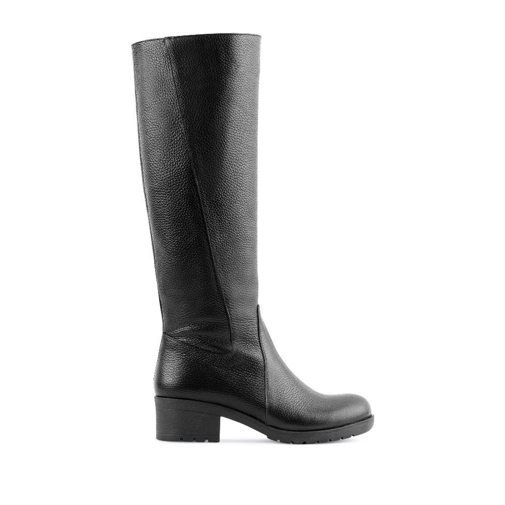Сапоги черного цвета из кожи на среднем каблукеСапоги<br><br>Материал верха: Кожа<br>Материал подкладки: Текстиль<br>Материал подошвы: Полиуретан<br>Цвет: Черный<br>Высота каблука: 5см<br>Дизайн: Италия<br>Страна производства: Китай<br><br>Высота каблука: 5 см<br>Материал верха: Кожа<br>Материал подкладки: Текстиль<br>Цвет: Черный<br>Пол: Женский<br>Выберите размер обуви: 40