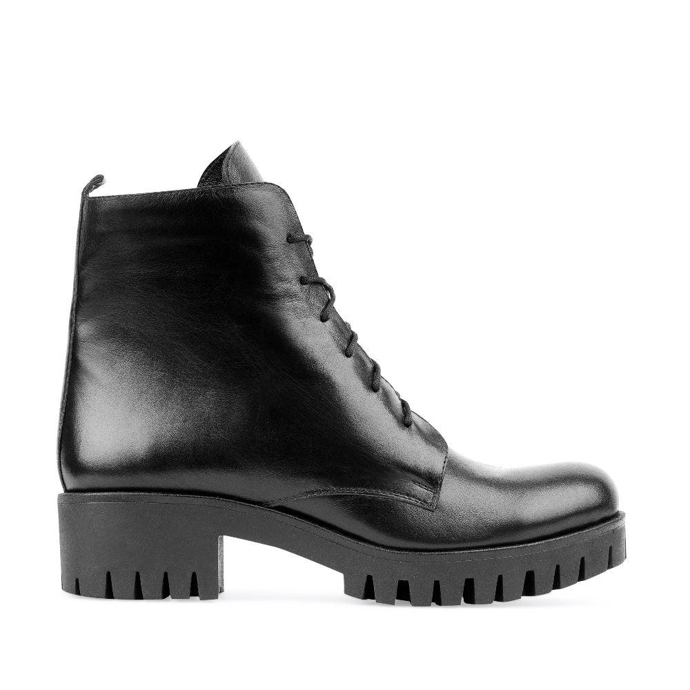 Ботинки из кожи чёрного цвета на шнуровке 201-17-12