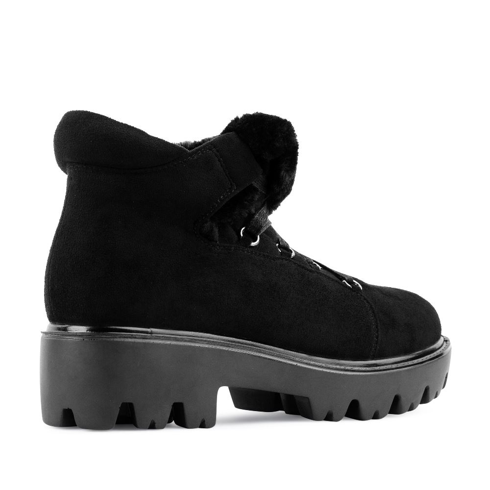 Женские ботинки CorsoComo (Корсо Комо) Ботинки из экозамши черного цвета на шнуровке