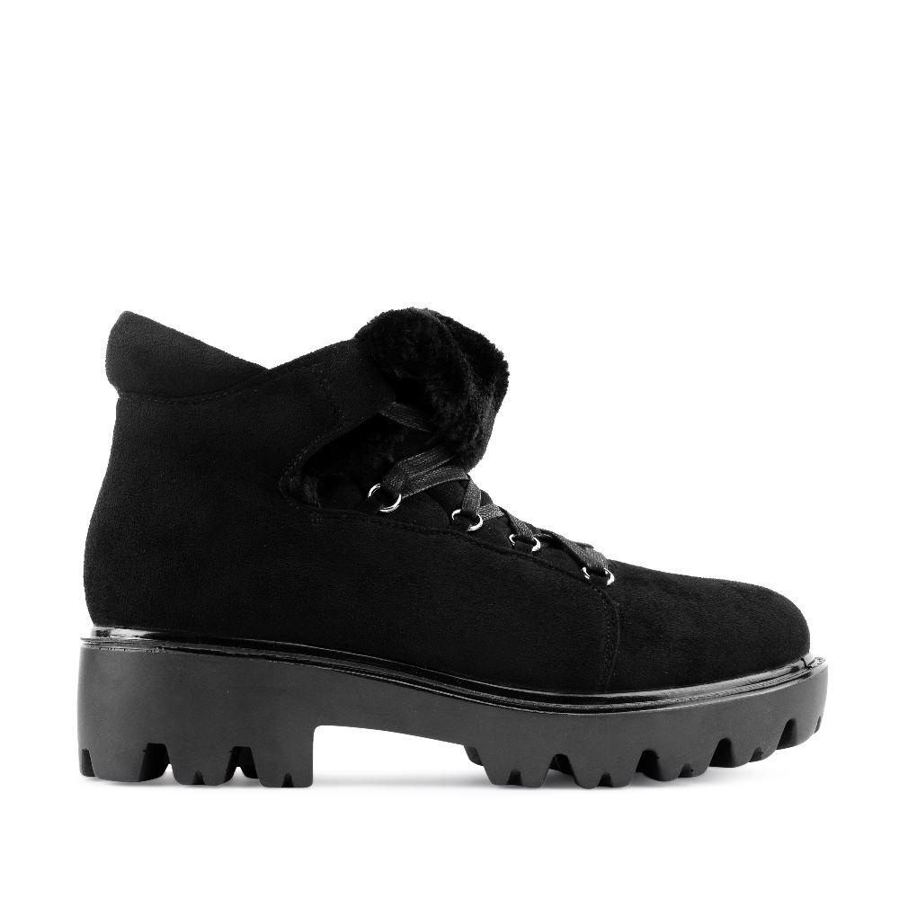 Ботинки из экозамши черного цвета на шнуровке