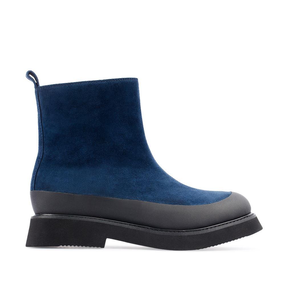 Ботинки из замши синего цвета