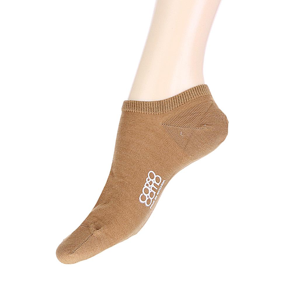 Короткие носки бежевого цвета