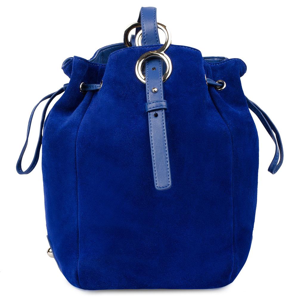 Замшевая сумка-торба цвета электрикСумка <br><br><br>Материал верха: Замша<br><br>Материал подкладки: Кожа<br><br>Цвет: Синий<br><br>Дизайн: Италия<br><br>Страна производства: Китай<br><br>Материал верха: Замша<br>Материал подкладки: Кожа<br>Цвет: Синий<br>Пол: Женский<br>Вес кг: 0.75000000<br>Размер: Без размера