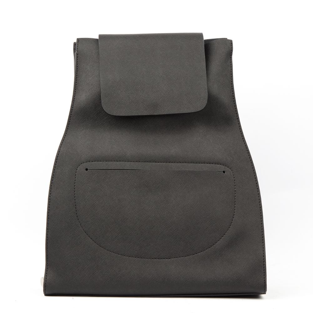 Рюкзак из матовой кожи черного цветаСумка <br><br><br>Материал верха: Кожа<br><br>Материал подкладки: Кожа<br><br>Цвет: Черный<br><br>Дизайн: Италия<br><br>Страна производства: Китай<br><br>Материал верха: Кожа<br>Цвет: Черный<br>Вес кг: 1.00000000<br>Размер: Без размера