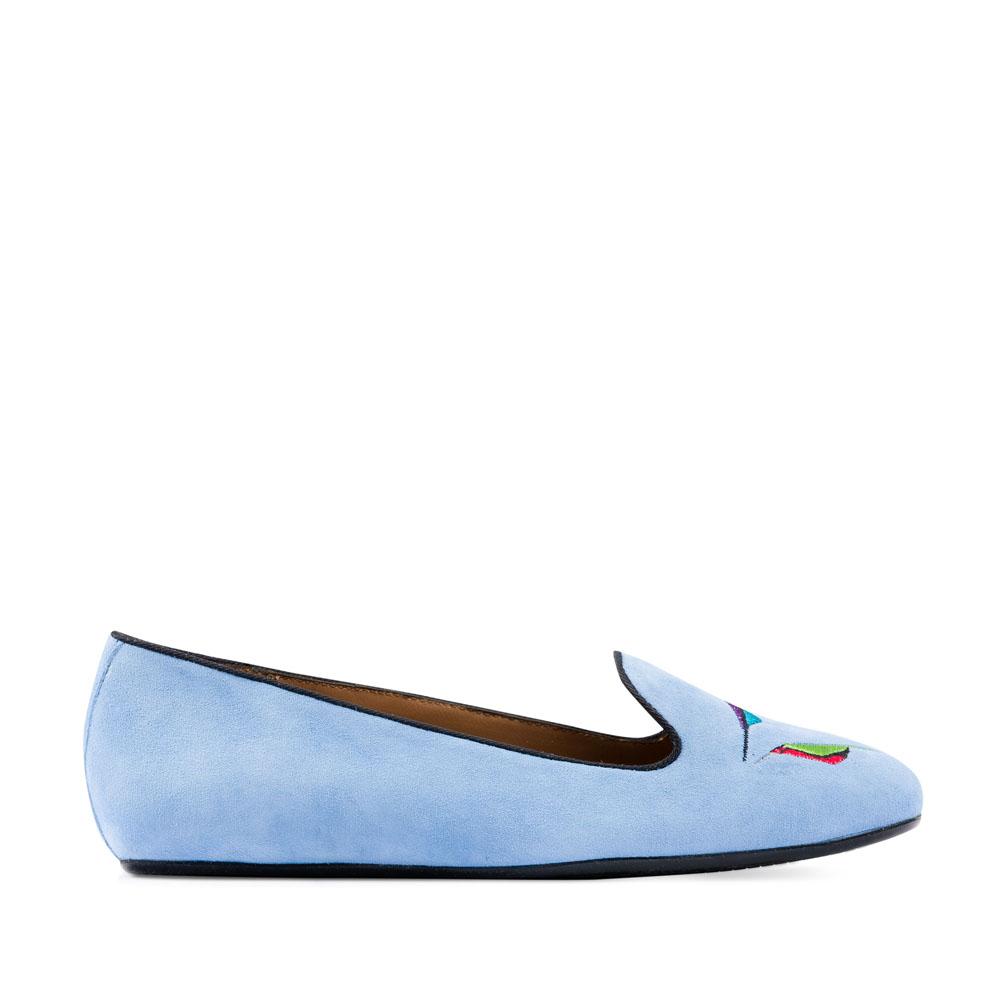 Слиперы из замши небесно-голубого цвета с вышивкой