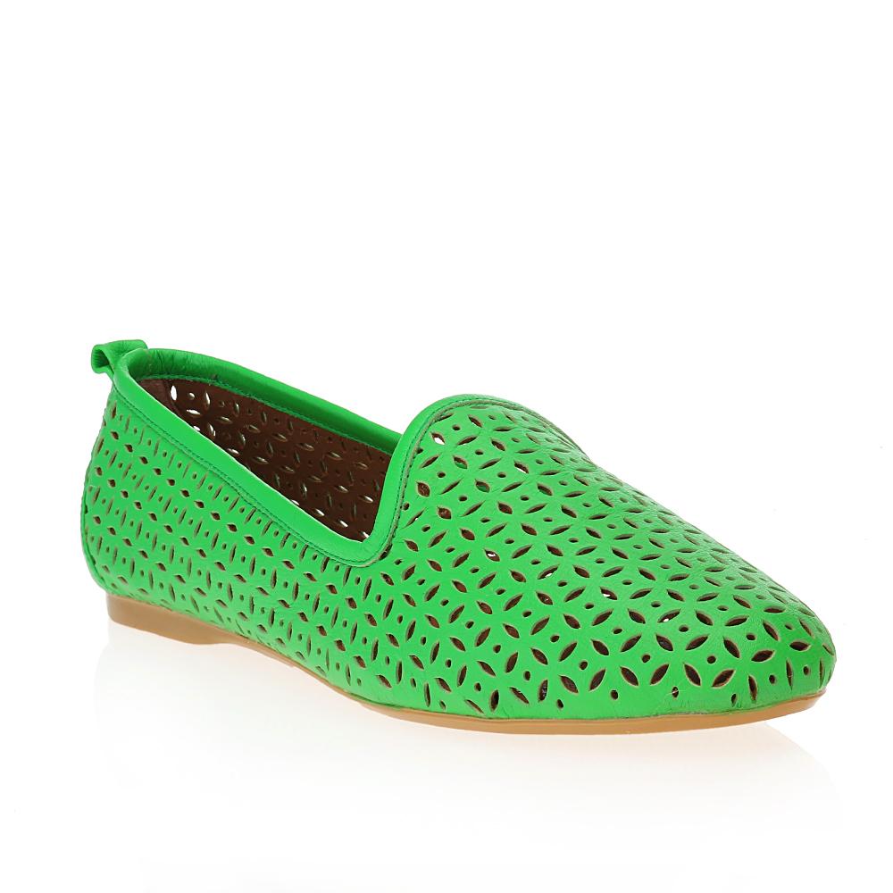 Туфли на плоской подошве CorsoComo (Корсо Комо) Слиперы из перфорированной кожи салатового цвета